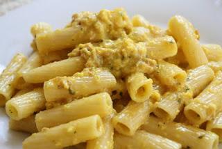 Rigatoni_carbonara_pasta
