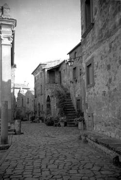 CIVITA_DI_BAGNOREGIO03-1