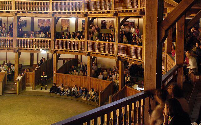 Rome-globe-theatre