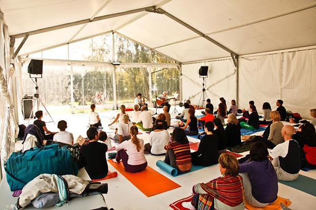 Yoga festival roma flash mob al campidoglio rome for Via leone xiii roma