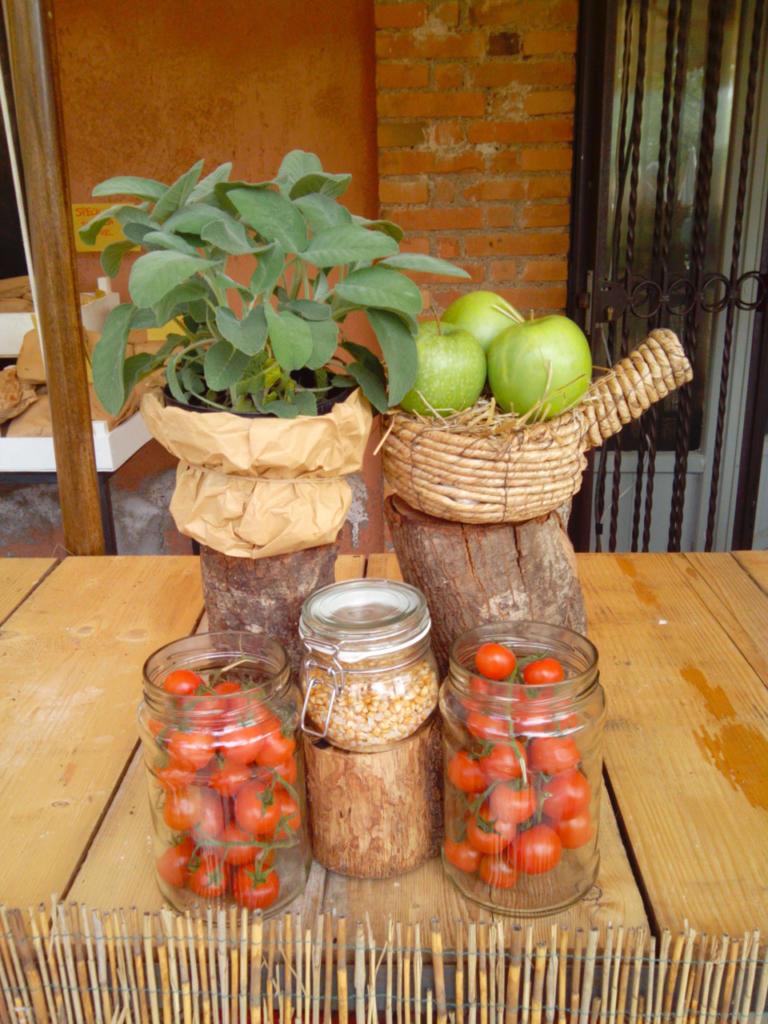 cibo-italiano_pomodori_salvia_campagna