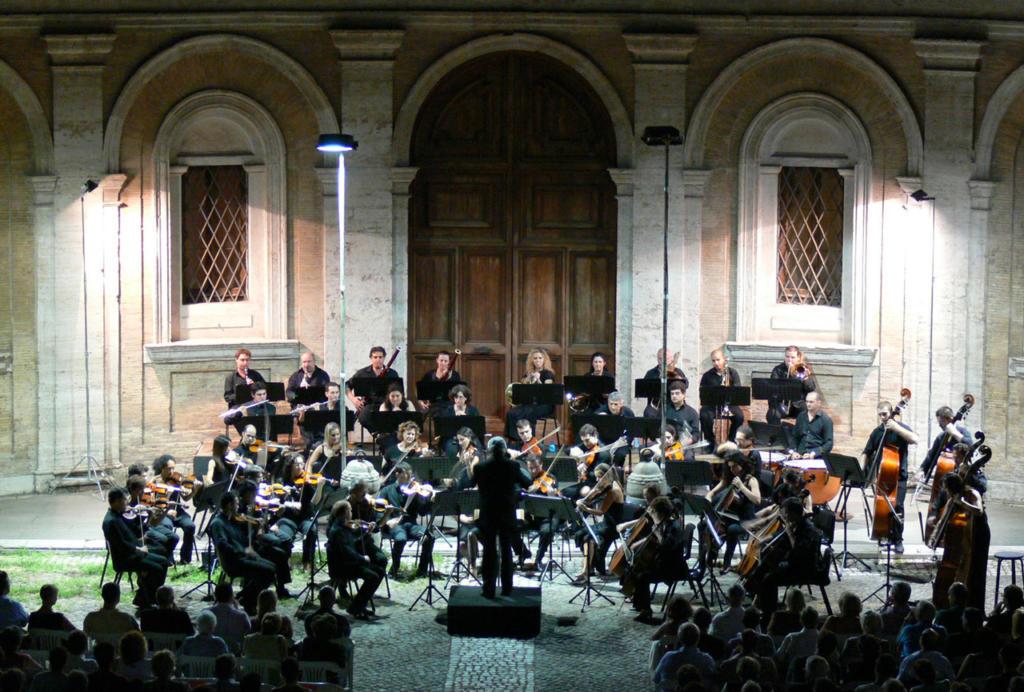 CONCERTO_ice-orchestra_Cortile-di-S-Ivo