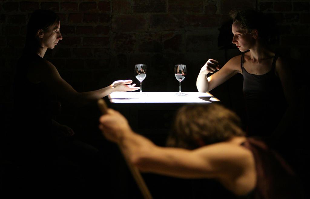 Taglio-Cesareo-Prove-sul-suicidio-di-Teatro-ZAR_foto-Irena-Lipinska