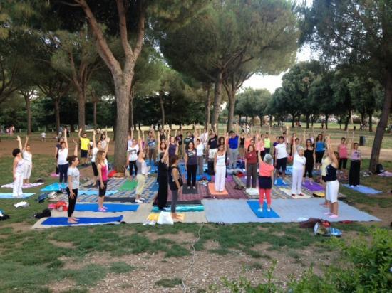 Yoga A Villa Pamphili Roma