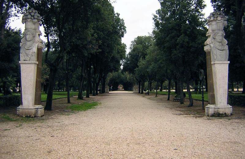 Parco_dei_daini_villa-boghese-Roma