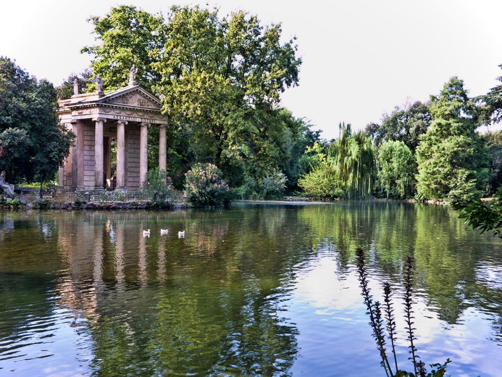 Rome-Villa-Borghese-Temple-Esculape