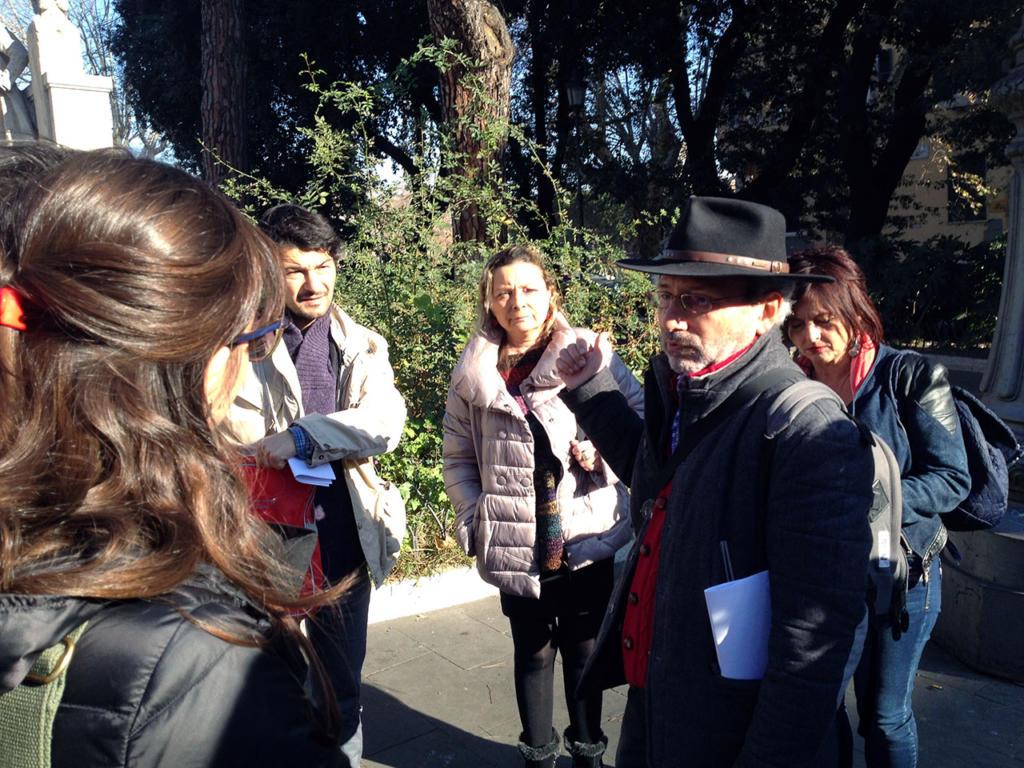 ANGOLI DI TRASTEVERE E RITRATTI DI MANI_Osvaldo.Sponzilli_photo-by_igor W Schiaroli_0