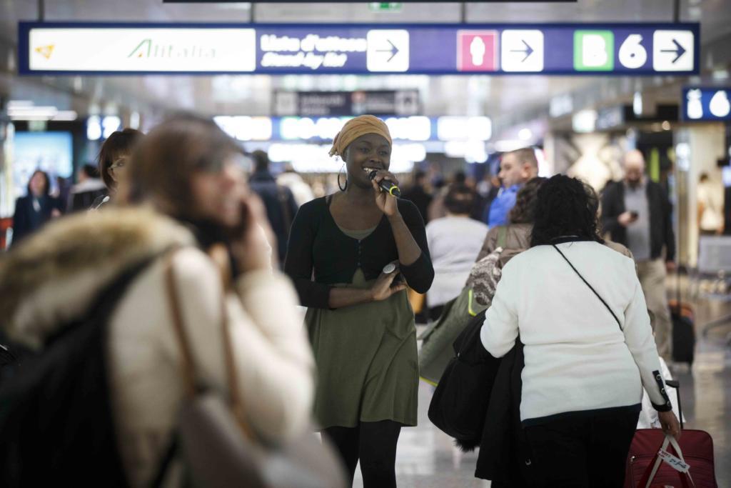 Aeroporto di Fiumicino – Terminal T1 - EMMA LAMADJI & HEAVENLY PRAISE