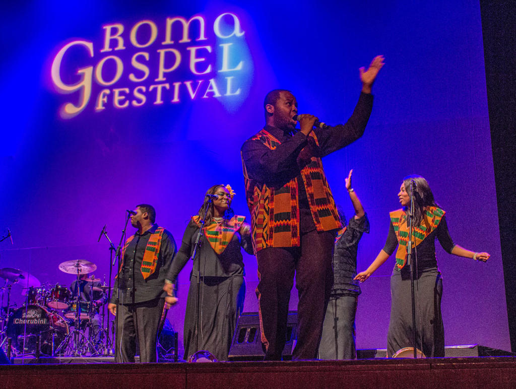 Harlem-Gospel-Choir_Photo-by-Osvaldo-Sponzilli-8
