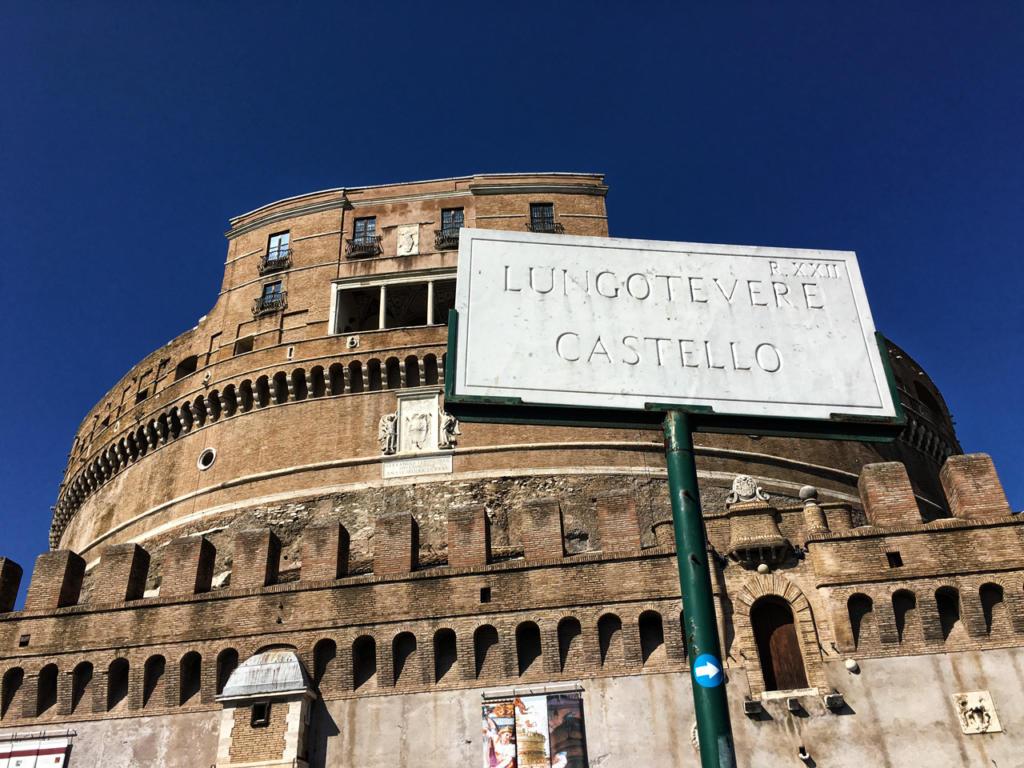 Photography_Tour_Rome_Tiber_alla-scoperta-del-Tevere_Castel-s-angelo_Lungotevere-Castello_by-Igor-W-Schiaroli