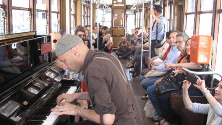 Pippo_Filippo-Gregoretti_piano-music-bus