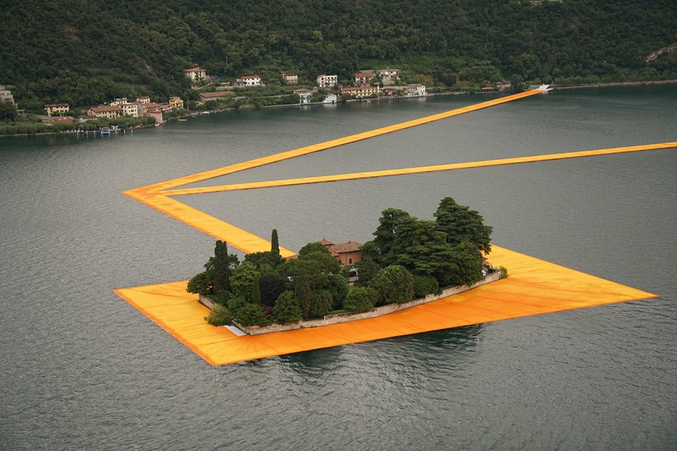 Lago-d-Iseo_The-Floating-Piers_Christo_&_Jeanne-Claude