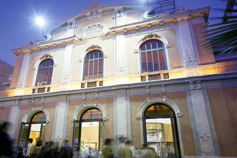 Teatro-ambra-jovinelli_Roma