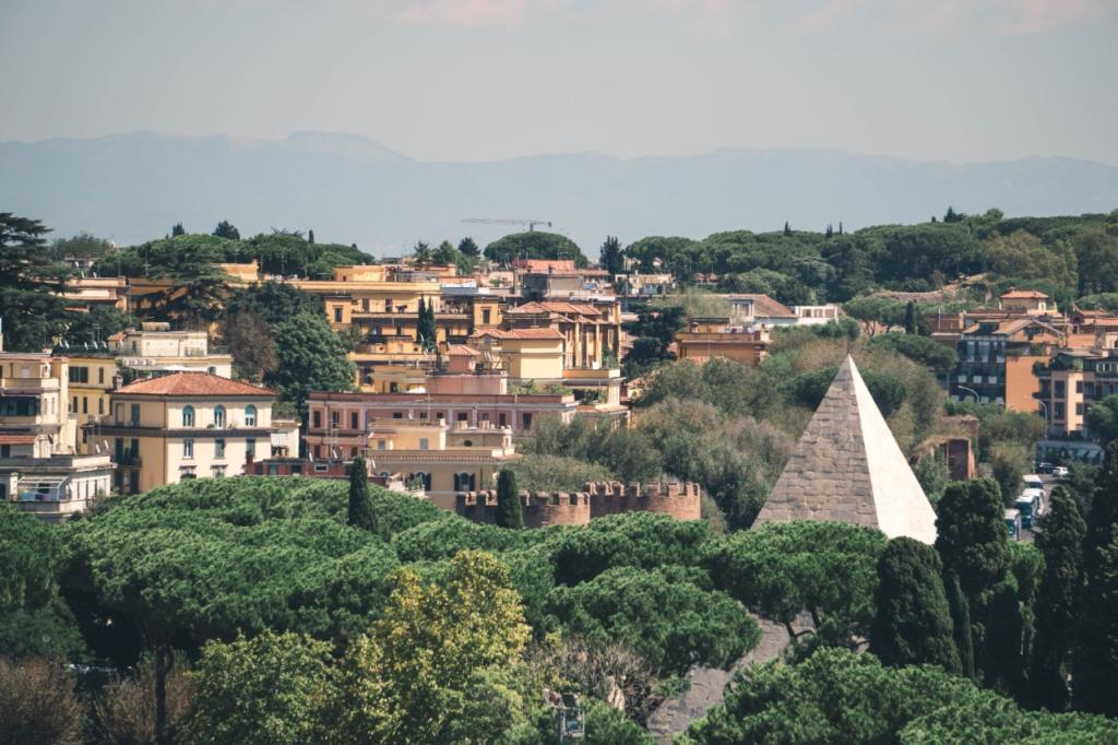 photo-social-club-roma_testaccio-monte-dei-cocci-tour_photo-by_jared-chuba_00002