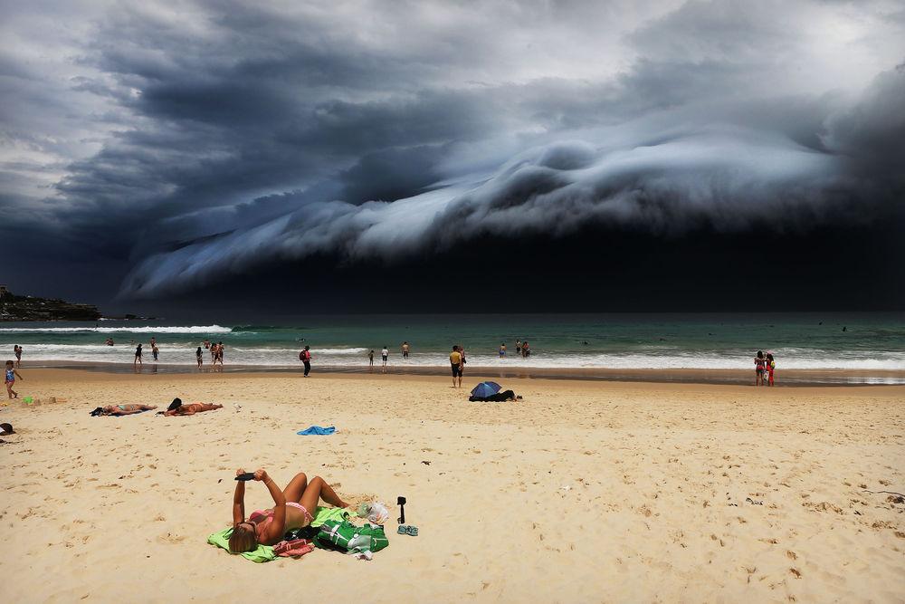 word-press-photo-2016_roma_10-tempesta-sulla-spiaggia-di-sidney_photo-by_matjaz-krivic